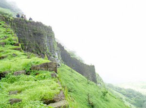 rajmachi-fort-picture-03